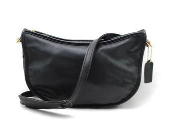 d3a6e49654d36 Vintage COACH Black Leather USA Made Shoulder Bag Purse Handbag Cross-Body  Bag