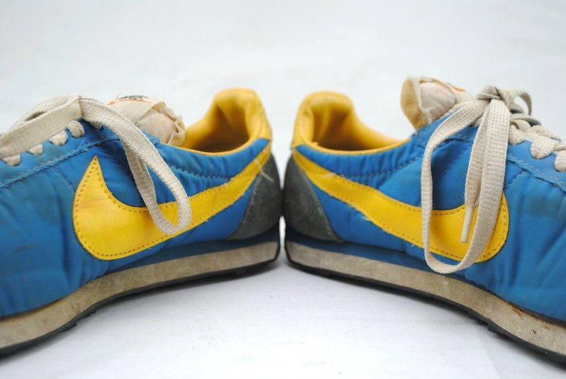 9daaf02b424 Vintage 70 s NIKE Blue   Yellow Waffle Trainer Running