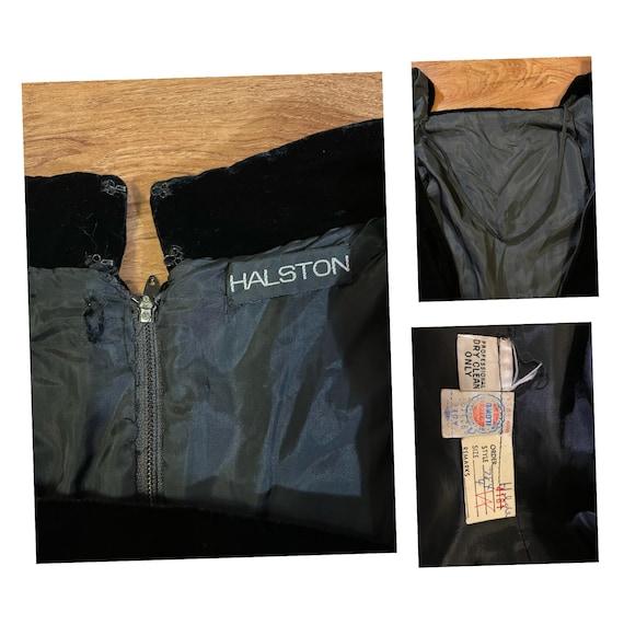 Beautiful Vintage 1970s Halston Black Velvet Shea… - image 10