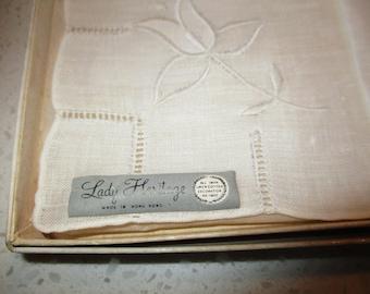 Un-used Women\u2019s Hankies Vintage 50s \u2013 60s Lady Heritage Irish Linen 3pc Set