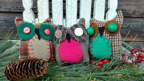 Primitive Wool Hoot Owl Trio