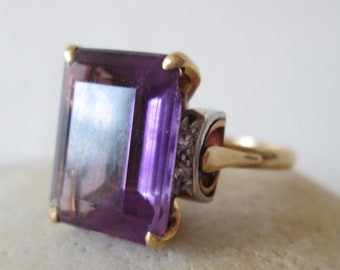 Edwardian RING w/solitaire AMETHYST stone! Vintage 18k GOLD setting circa 1940's: size 5 1/2  excellent     IS128