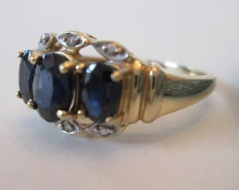 Edwardian RING w/multiple BLUE stones! Vintage 10k setting circa 1940's: size 5 excellent