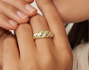 Croissant Signet Ring in Gold • Minimalist Dome Ring • Chunky Ring • Twist Ring • Pinky Ring • Bridesmaid Gifts  • RR003
