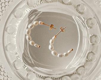 Pearl Hoops • Pearl Huggie Hoops • Pearl Earrings • Pearl Jewelry • Gift for Her • Mothers Day Gift • ER050