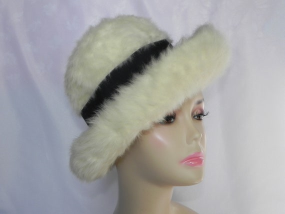 Ivory Felted Fur Darcel Exclusive Bowler Hat Bucke