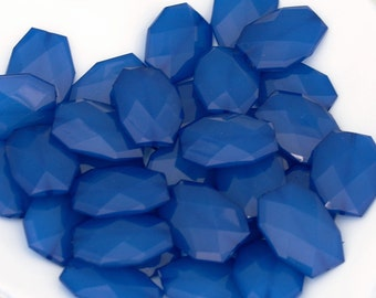 ROYAL BLUE 34mm x 24mm Chunky Acrylic Beads, Faceted Polygon Nugget Beads, Large Translucent Faux Sapphire Gemstone Blue Statement Beads