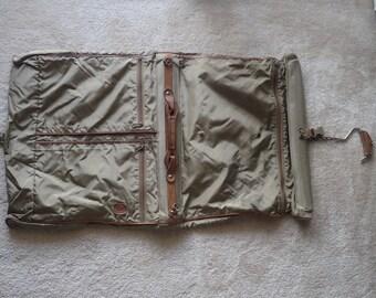 "Hartmann Tan Nylon Suit/Garment Bag 36"" x 21"" x 3"""