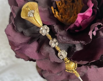 Victorian Blush Calla Lily Hat Pin 10 Long Sturdy Steel Stick /& Clutch to Use Antique Vintage Style Boutonniere Hatpin Lapel Scarf  HP3434