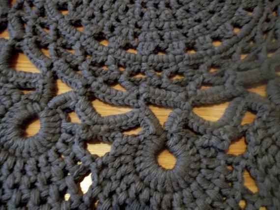 Nett Häkeln Runden Teppich Muster Fotos - Schal-Strickende Muster ...
