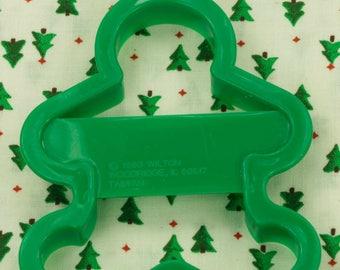 1993 Wilton Green Gingerbread Boy Plastic Christmas Cookie Cutter Taiwan