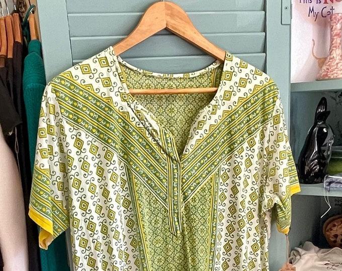 Lovely Vintage Handmade Caftan Cotton Green and Yellow Geometric Print, kaftan, muumuu, 1970s style, vintage caftan, house dress,cruise wear