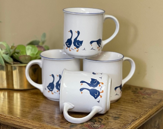 Vintage 1980s Set of Four (4) White Ceramic Mugs with Blue Geese, country kitchen, farmhouse kitchen, coffee mugs,coffee bar decor