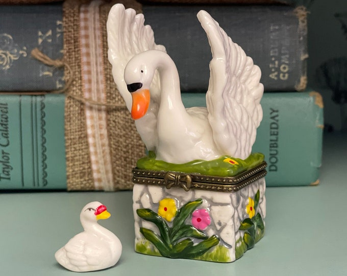 So Sweet and Lovely Limoges Style Porcelain Swan Box with Baby Swan Inside, collectible box, gift for mom, Mother's Day, New mom present