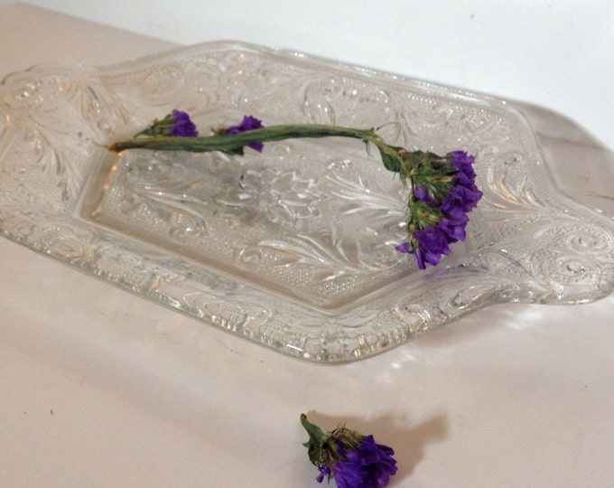 Lovely Handled Tray for Diamond Shape Creamer & Sugar, Sandwich Clear, Indiana Glass Company, pressed, depression glass,relish, jewelry tray