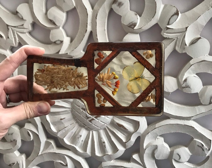 Vintage Lucite or Resin Spoon Rest w/Dried Flowers, A White Butterfly and Seeds Incased Lucite. Tea Bag Rest, Coaster, Vintage Kitchen 1970s