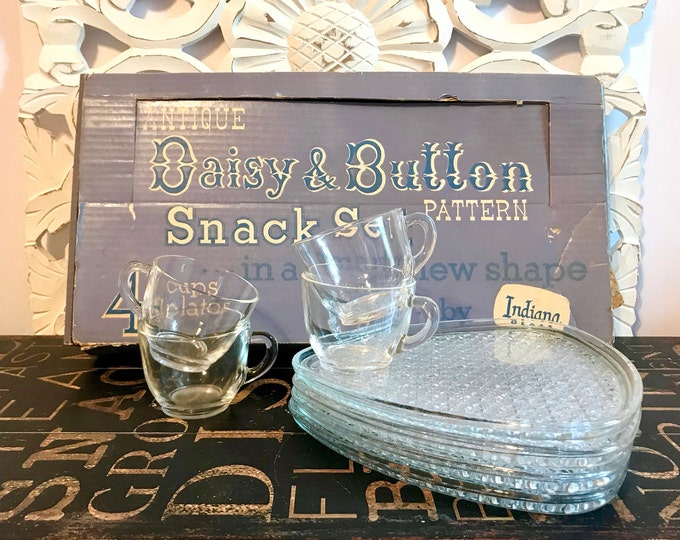 1960s Indiana Glass Co. Daisy & Button Snack Set IOB 4 Plates, 4 Four Cups, Baby Shower, Bridal Shower, Wedding gift, Mother's Day, Foodie