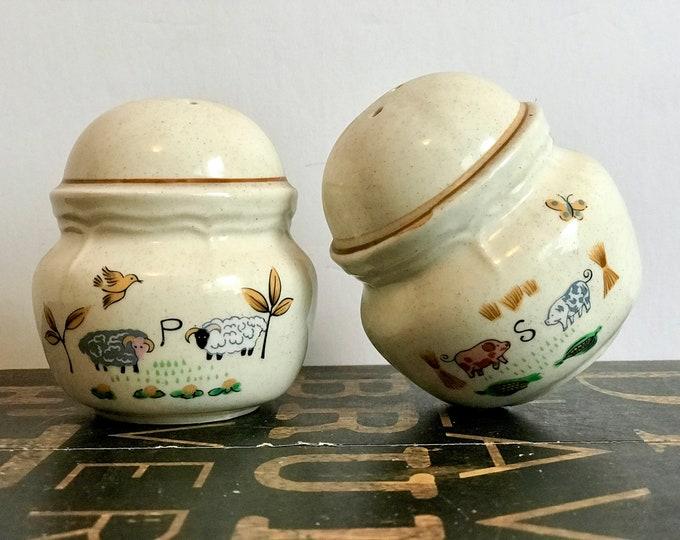 Vintage Salt & Pepper Set in Heartland by International China Company, country kitchen, farmhouse kitchen, stoneware, 1980s, farmhouse china