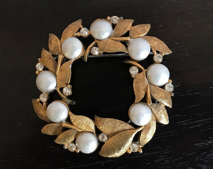 TORTOLANI Early Signed Faux Pearl and Rhinestone Gold Tone Wreath Brooch, vintage, hollywood regency, mad men, man brooch, costume jewelry