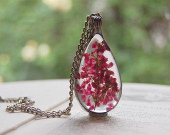 Large HEATHER terrarium pendant, drop necklace, dried heather, terrarium necklace plant jewelry, pressed flower real dried flower bridesmaid