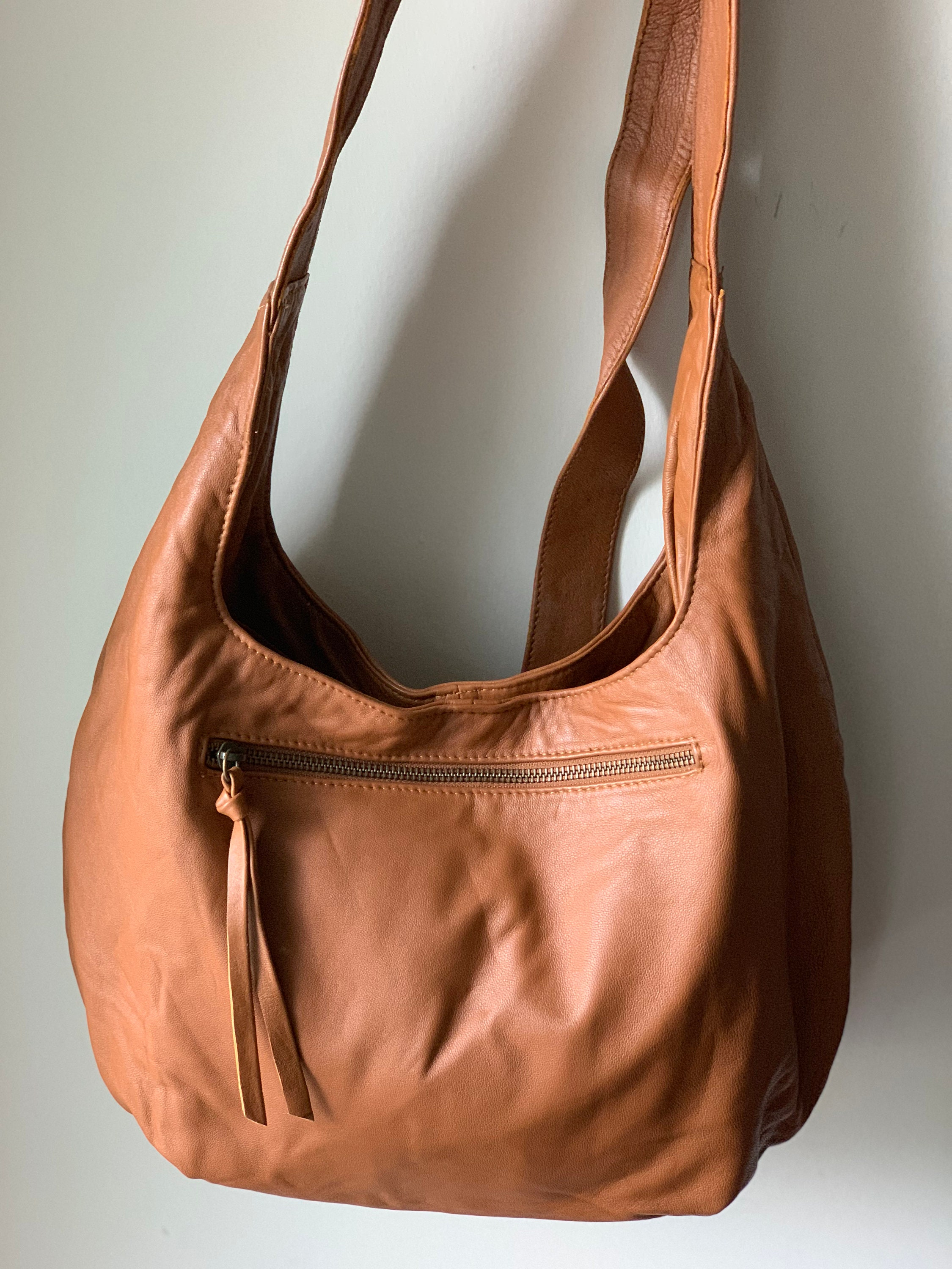 821f2ab93da9 Large genuine leather tote bag