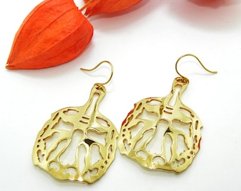 Golden Brass Earrings beauty gift Animal Earrings, Brass Tiger Earrings, Filigree Statement Earrings, Tiger Filigree, Gift for women