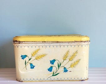 Shabby Tin Bread Box, 1950's Distressed Bread Box, Atomic Kitchen Decor