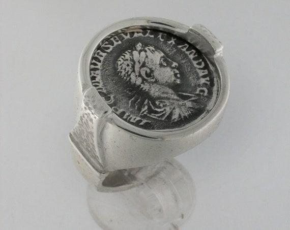 Silver 925th ring with ROMANA MONETA in silver