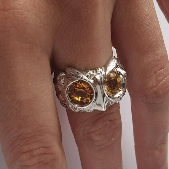 """Owl"" ring in silver 925° and citrine quartz"