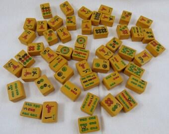 """Lot of 51 """"Chinese Bakelite"""" Mah Jong Mah Jongg Tiles"""