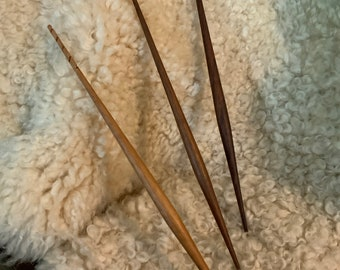 Spindle Stick in Walnut, 3-Pack
