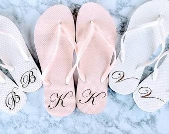 fe726a909 Monogrammed Flip Flops - Bridesmaid Slippers - Bridesmaid Flip Flops - Bride  Slippers - Bridesmaid Gifts - Personalized Flip Flops