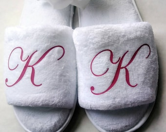06b17386b0c Personalized Slippers- Monogrammed Slippers - Custom Slippers - Bridesmaid  Gift - Slippers - Girls Trip Gift - Bridesmaid Initials Pink Font