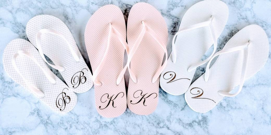 9bef1ed70 Monogrammed Flip Flops - Bridesmaid Slippers - Bridesmaid Flip Flops -  Bride Slippers - Bridesmaid Gifts - Personalized Flip Flops