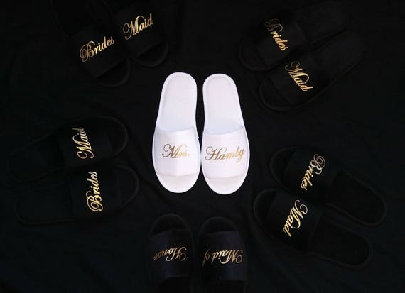 Personalized Bridesmaid Slippers - Bridesmaid Gifts - Bridal Shower Gift - Bride Slippers - Bachelorette Party - Black Slippers - Slippers