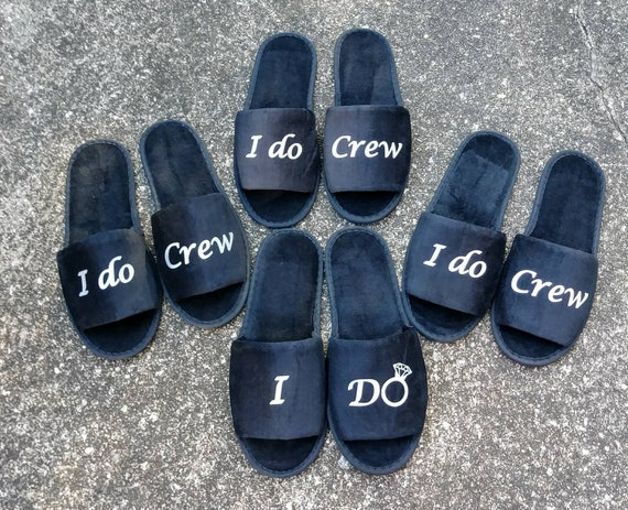 Bridesmaid slippers - Personalized Slippers - Bride Slippers - Slippers - Wedding Slippers  - I do crew - Bridal Party Slippers