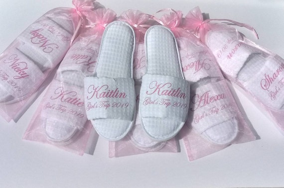 Personalized Slippers - Custom Waffle Slippers - Slippers with Names - Bridesmaid Slippers - Corporate Gifts - Cruises - Girls trip