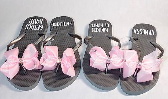 Bridesmaid Flip Flops - Bride Slippers - Bridesmaid Gifts - Personalized Flip Flops - Monogrammed Flip Flops  - Bridesmaid Slippers
