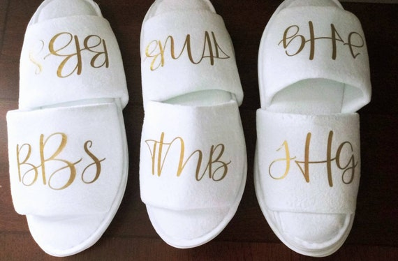 Monogrammed Slippers - Personalized Slippers - Bridesmaid Gift - Slippers - Girls Trip - Bridesmaid Initials - Bridal Party Gifts