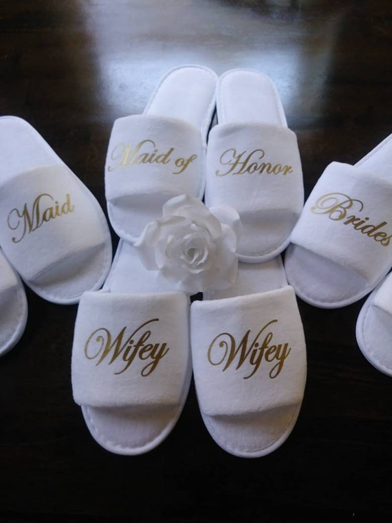 Bridesmaid Slippers - Personalized Slippers - Bride Slippers - Quality Rubber Soles - Open Toe - Slippers - Hen Slippers