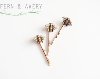 Choose silver, rose gold or golden bronze bee hair pins. Bee bobby pins. Elegant Bee hair clip. Dainty bee hair clip.