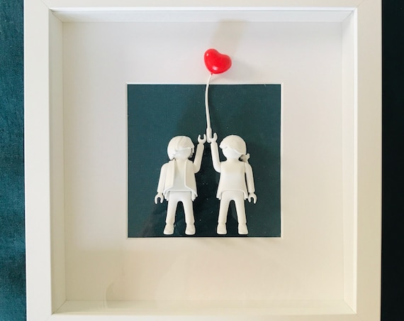 Lovers with red balloon
