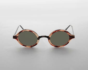 0d2b8d82df Art Deco Oval Vintage Sunglasses with Embossed Metal Temples - Degas