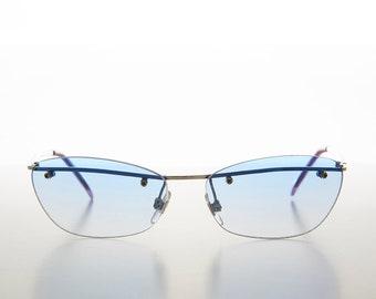 f26f3ec2d95ff White Frame Curved Cat Eye Sunglass 90s Retro with Glass Lens Flo  Sonnenbrillen