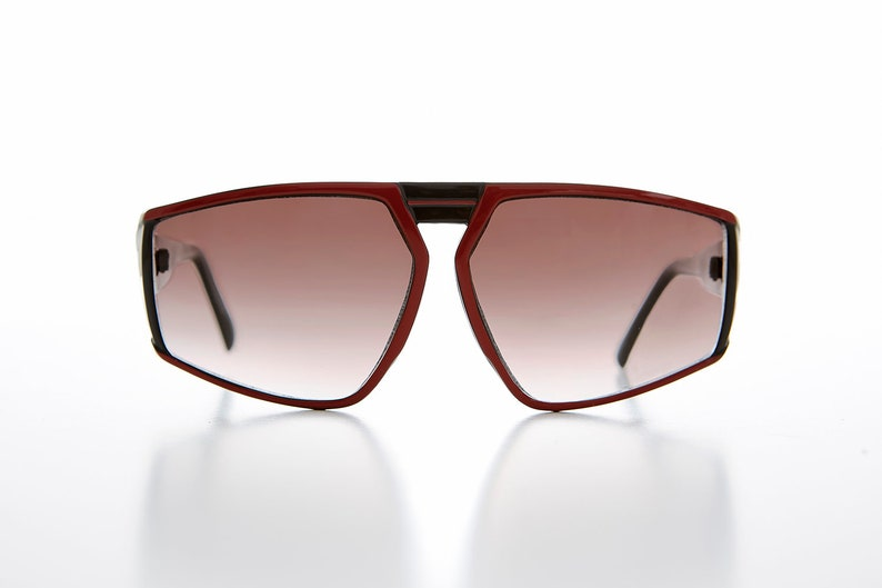 fd2028a1a13 Unique Big Block Sporty Wrap 80s Sunglass with Two-Tone Frame