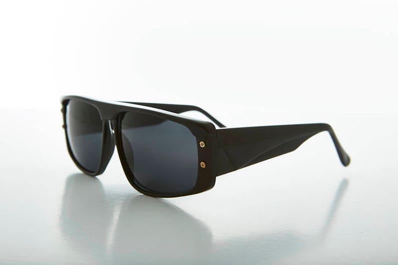 633ec991027 Flat Top Men s 90s Vintage Sunglasses   Wide Frame   Hip