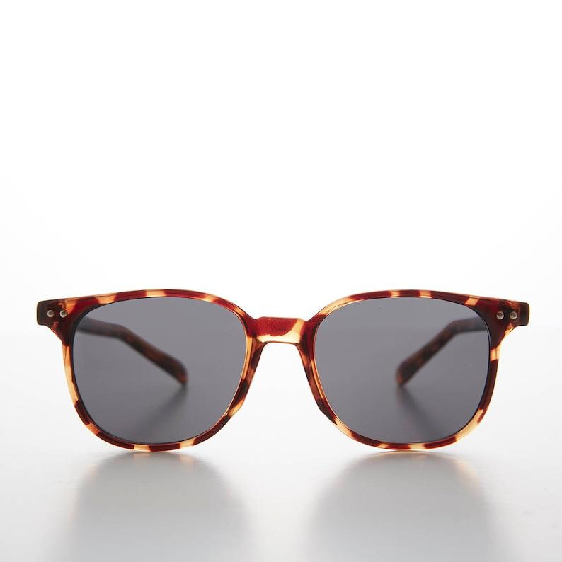 17ac8609d87 Preppy Dapper Horn Rim Classic Square 50s Style Sunglass