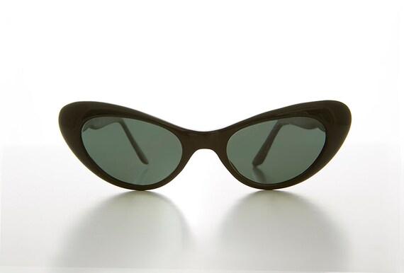50904e311e5 Black Extreme Cat Eye Women s Sunglass   High Tip