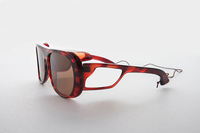 f29364075c Polarized Glass Lens Sporty Vintage Fishing Sunglass with Side