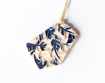 Intricate GEOMETRIC MODERN ceramic NECKLACE, Ceramic jewellery, Geometric pendant, Statement jewellery, Christmas gift for her, Delft blue